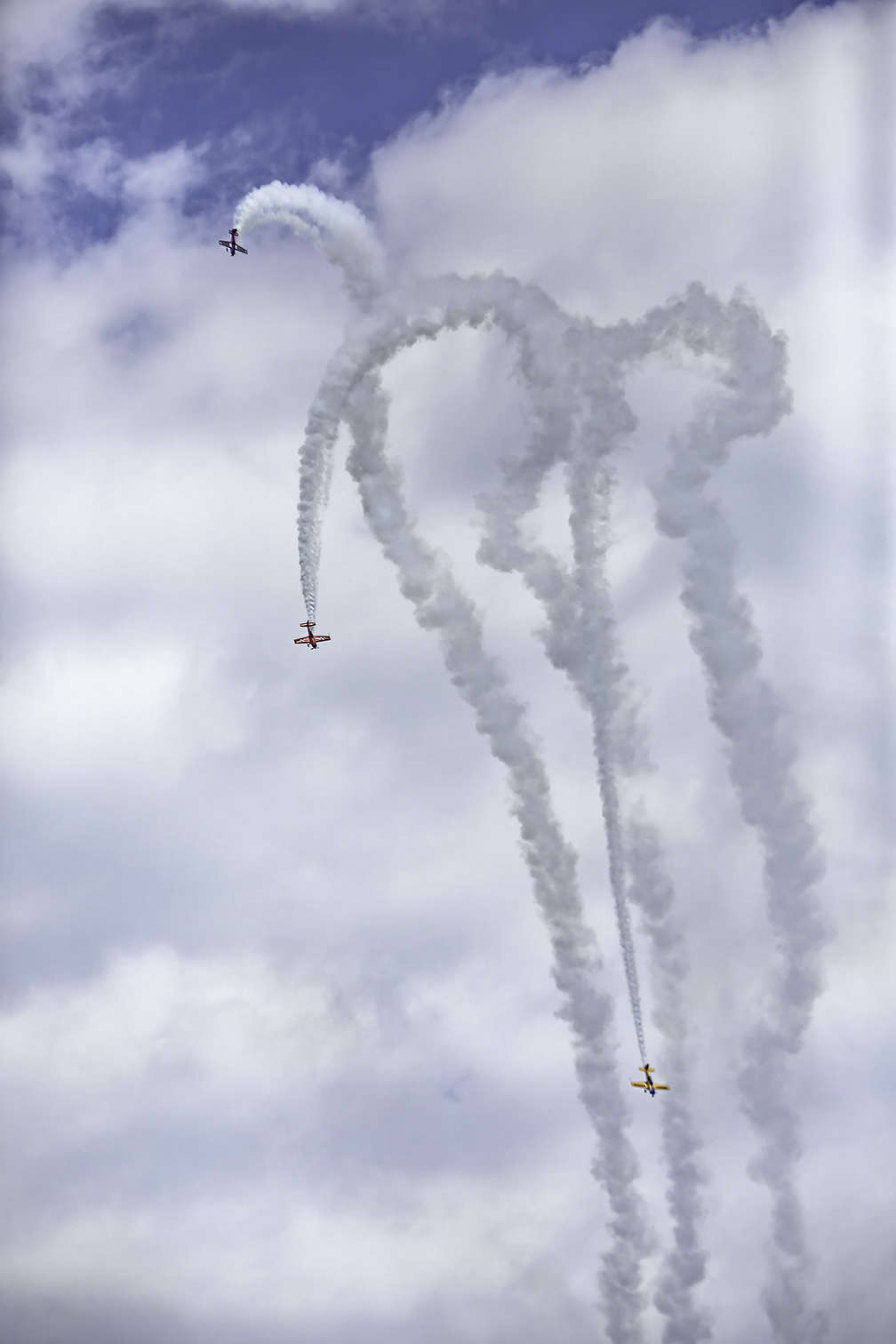 Spectacular Stunts at the Chicago Air Show